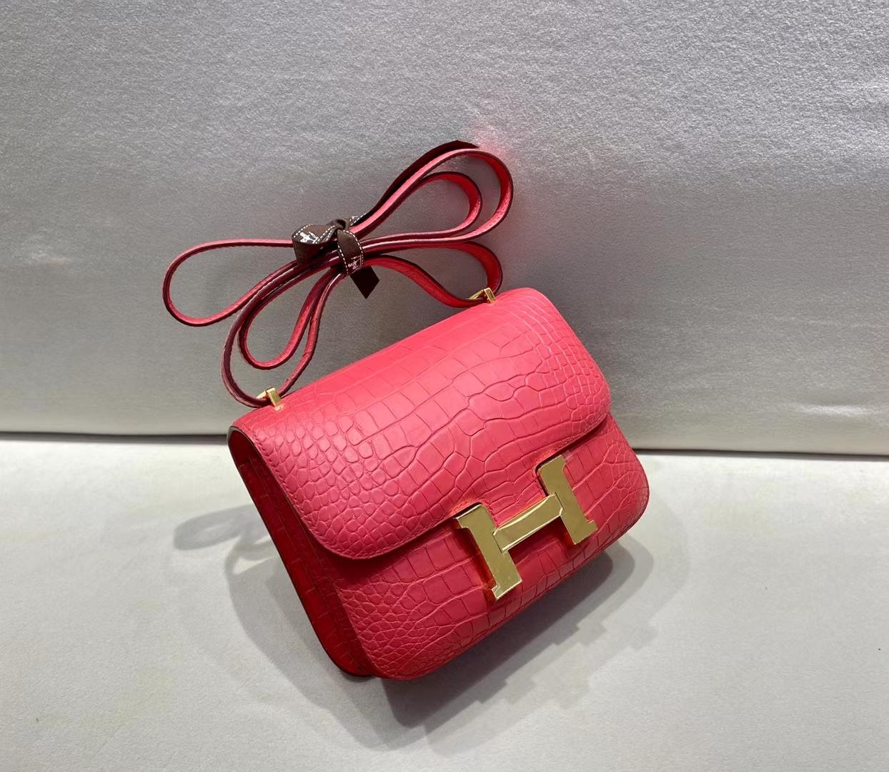Hermès(爱马仕)Constance 19cm 金扣 雾面鳄鱼 杜鹃粉 顶级纯手工