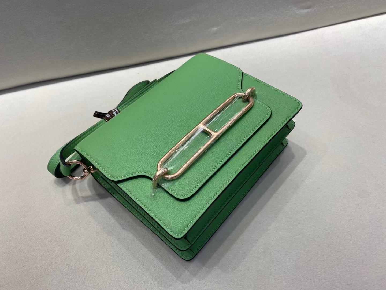 Hermès(爱马仕)Mini Roulis 猪鼻子 evercolor 牛油果绿 3i 顶级纯手工 19cm 浅金扣