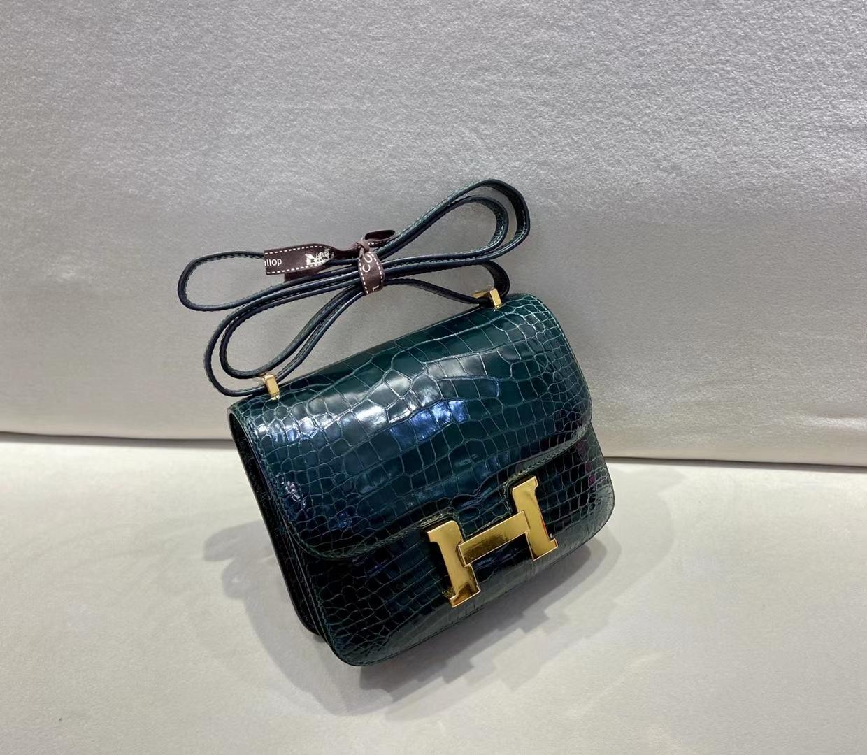 Hermès(爱马仕)Constance 19cm 金扣 亮面鳄鱼 6o松柏绿 顶级纯手工