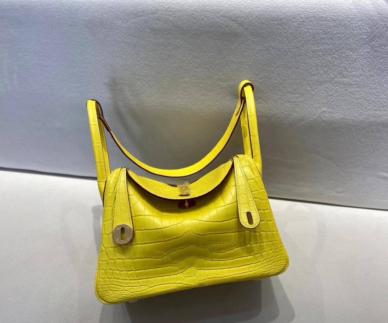Hermès(爱马仕)Lindy 26cm 金扣 雾面鳄鱼 M9金盏花黄 顶级纯手工
