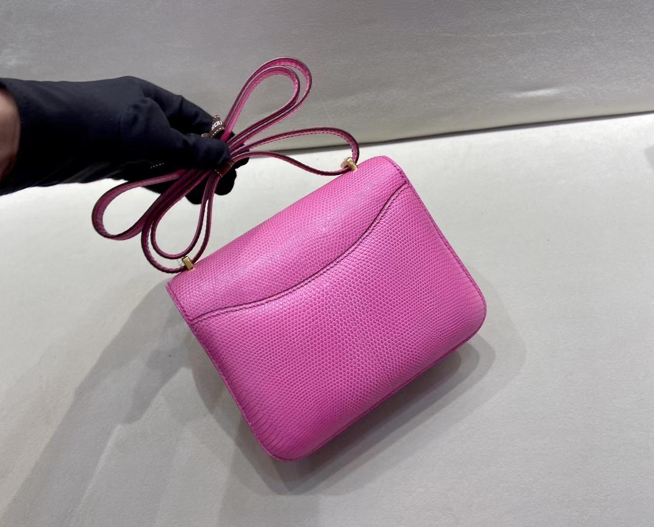 Hermès(爱马仕)Constance 19cm 金扣 蜥蜴 玉兰花粉 顶级纯手工