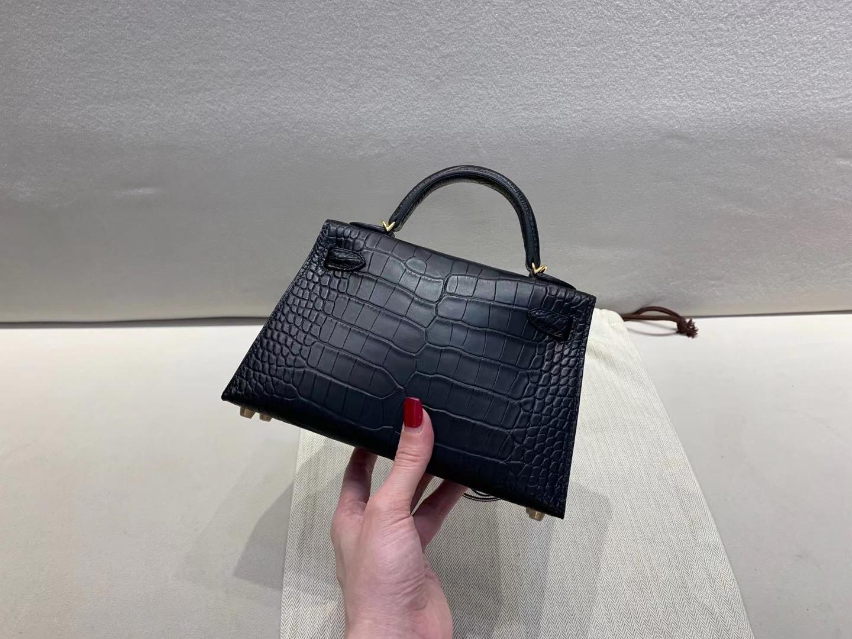 Hermès(爱马仕)miniKelly 迷你凯莉 二代 金扣 鳄鱼雾面 黑色 顶级纯手工 现货
