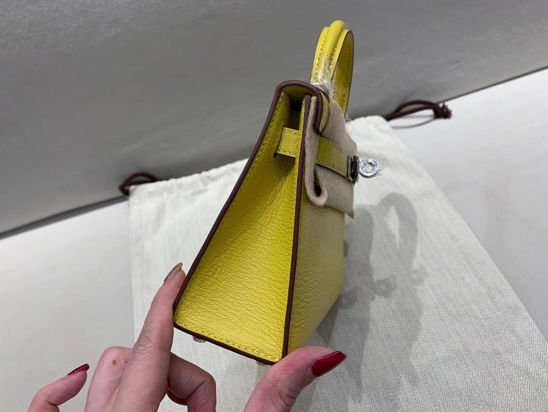 Hermès(爱马仕)miniKelly 迷你凯莉 9o 那不勒斯黄 山羊皮 顶级纯手工 银扣 19cm 现货