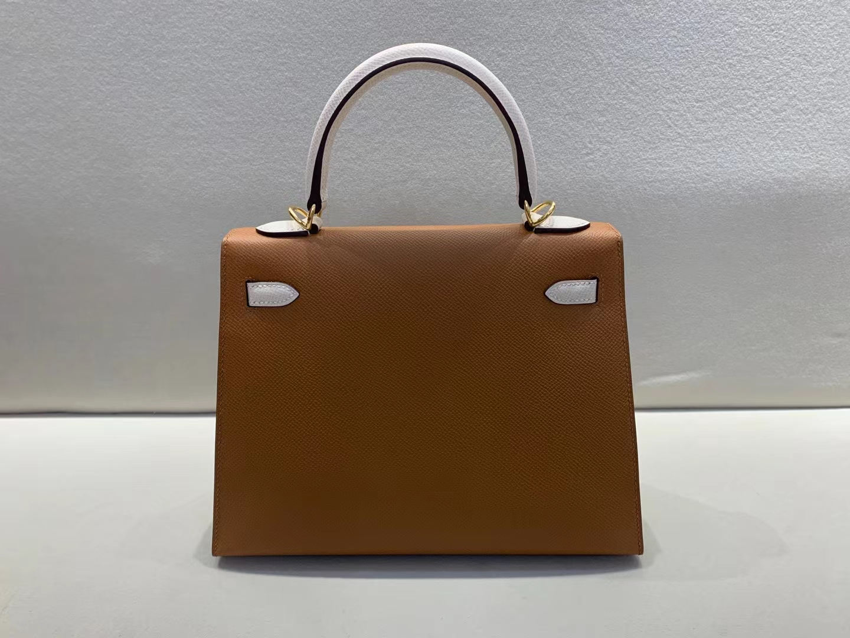 Hermès(爱马仕)Kelly 凯莉包 epsom 金棕色ck37 拼奶昔白 25cm 金扣 顶级品质