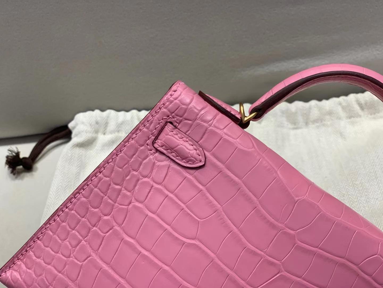 Hermès(爱马仕)miniKelly 迷你凯莉 樱花粉 5P 雾面美洲方块鳄鱼 金扣 二代 顶级纯手工 现货