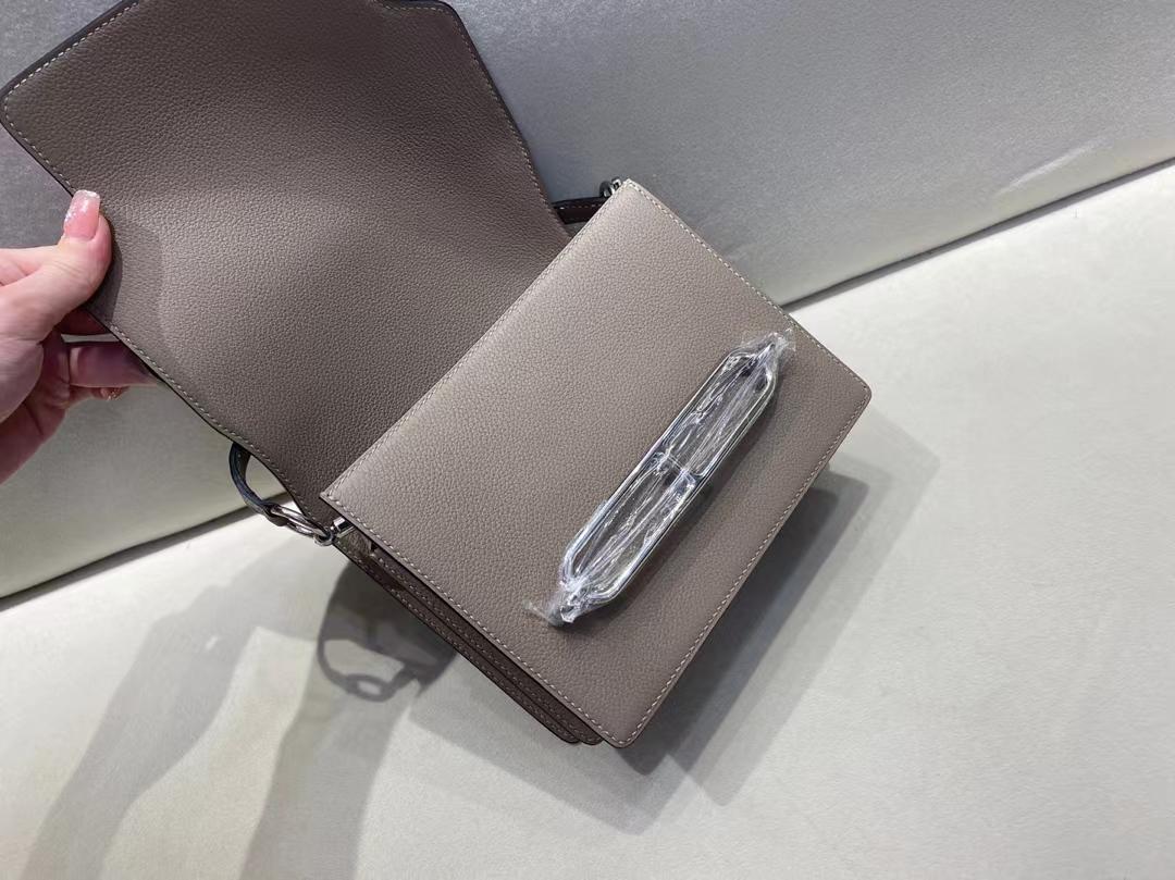 Hermès(爱马仕)Mini Roulis 猪鼻子 evercolor M8 沥青灰 银扣 19cm 顶级纯手工