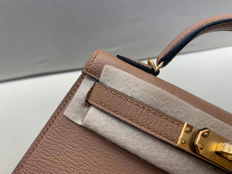 Hermès(爱马仕)mini kelly 迷你凯莉 chevre 最美新色 2J 雀木色 山羊皮 quebracro 金扣 二代