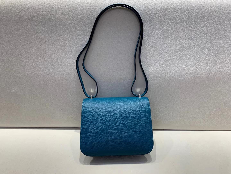 Hermès(爱马仕)Constance 空姐包 epsom W0 博斯普鲁斯海峡绿 18cm 银扣 顶级纯手工现货