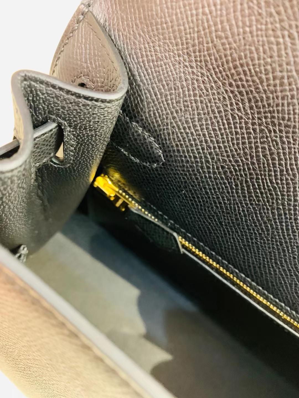 Hermès(爱马仕)Kelly 凯莉包 epsom 黑色 ck89 28cm 金扣 顶级品质 现货