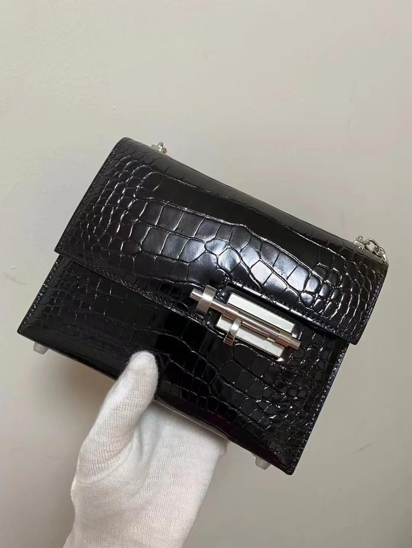 Hermès(爱马仕)Verrou Mini 插销包 黑色 亮面美洲方块 银扣 17cm 顶级品质现货