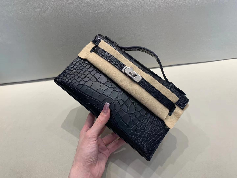 Hermès(爱马仕)miniKelly pochette 雾面鳄鱼 黑色 美洲方块 一代 银扣 22cm