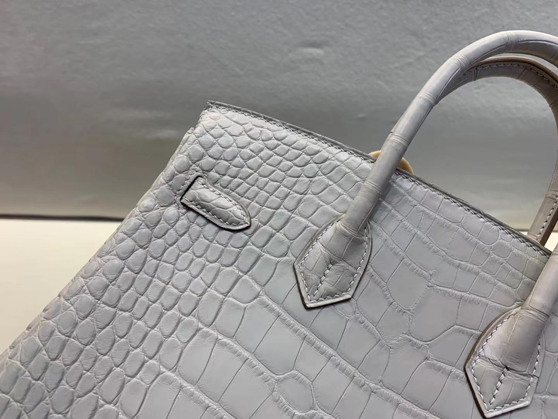 Hermès(爱马仕)Birkin 铂金包 雾面美洲鳄鱼皮 80 珍珠灰 银扣 25cm 顶级纯手工 现货