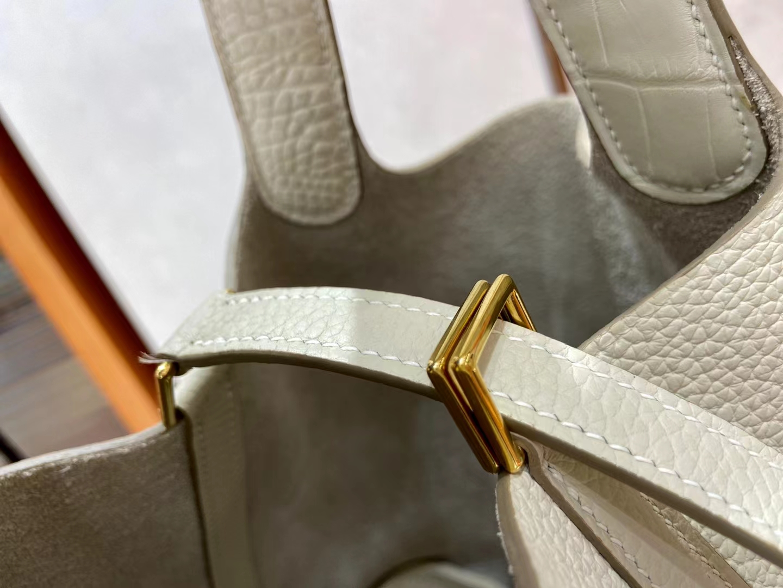 Hermès(爱马仕)Picotin 菜篮子 10 奶昔白 原厂TC皮 拼 鳄鱼手柄 18cm 金扣 顶级纯手工
