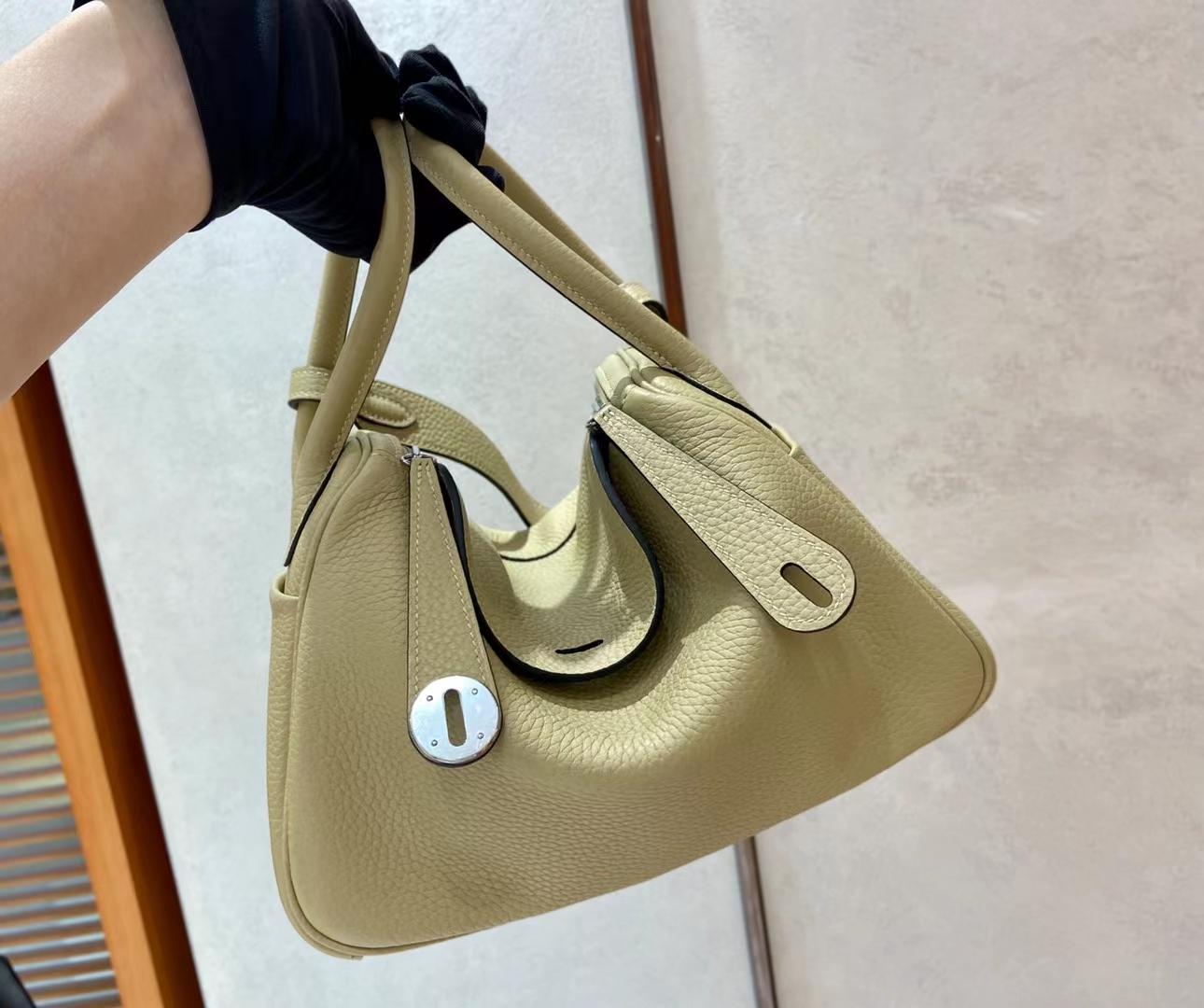 Hermès(爱马仕)Lindy 琳迪包 TC S2 风衣灰 26cm 银扣 顶级现货