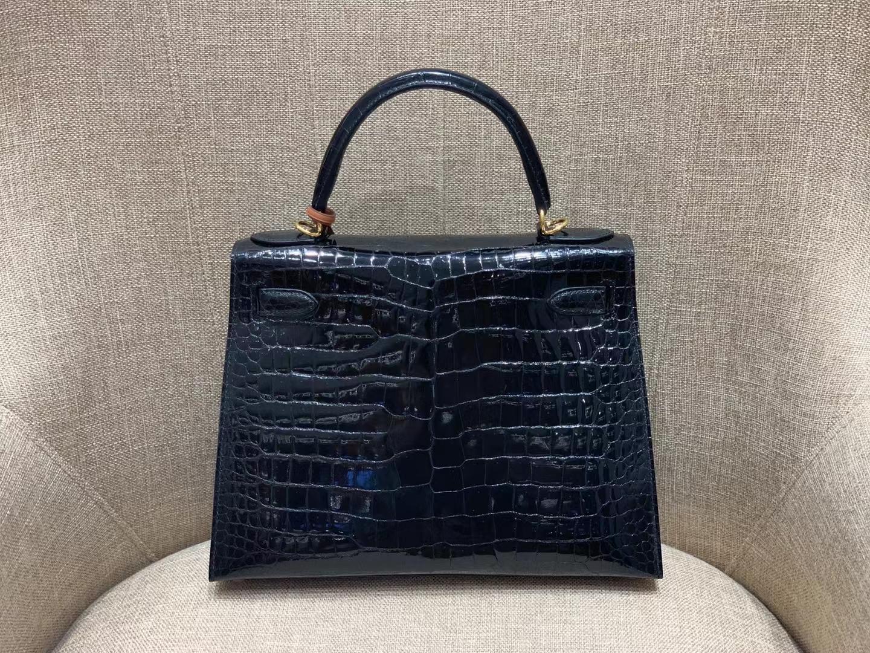Hermès(爱马仕)Kelly 凯莉包 亮面鳄鱼 黑色 倒V HCP 湾鳄 28cm 金扣 顶级纯手工