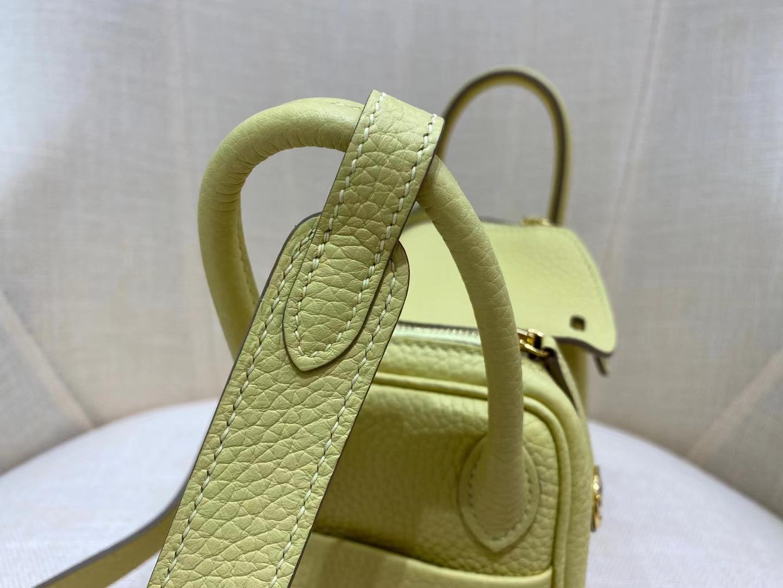 Hermès(爱马仕)minilindy 迷你琳迪 TC 1Z 小鸡黄 金扣 19cm 顶级品质 现货