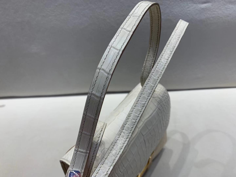 Hermès(爱马仕)Constance 空姐包 雾面鳄鱼 8L 冰川白 金扣 19cm 顶级品质