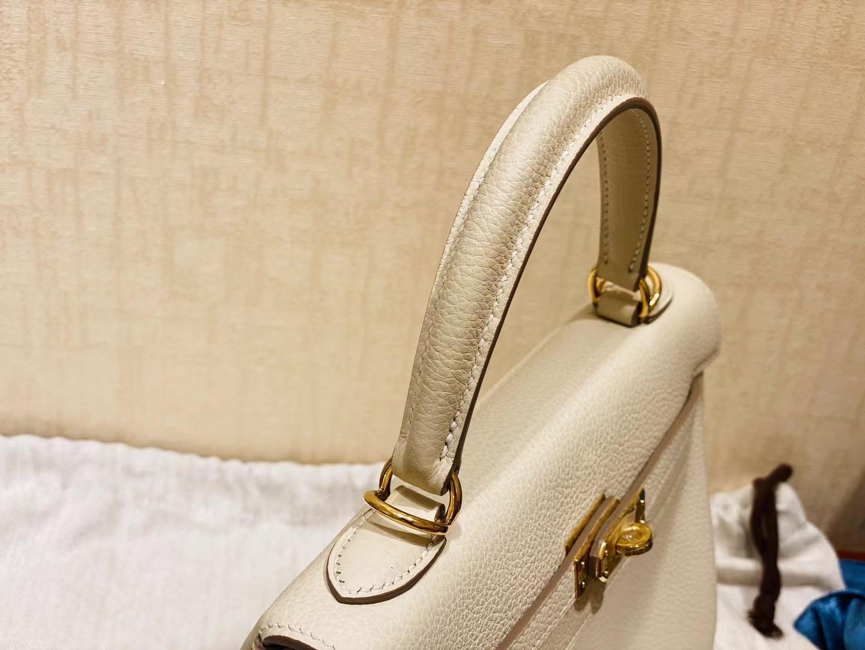 Hermès(爱马仕)Kelly 凯莉包 法国togo 奶昔白 金扣 25cm 顶级纯手工